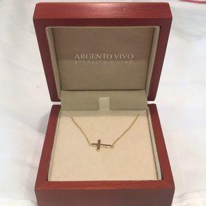 Argento Vivo side cross necklace.